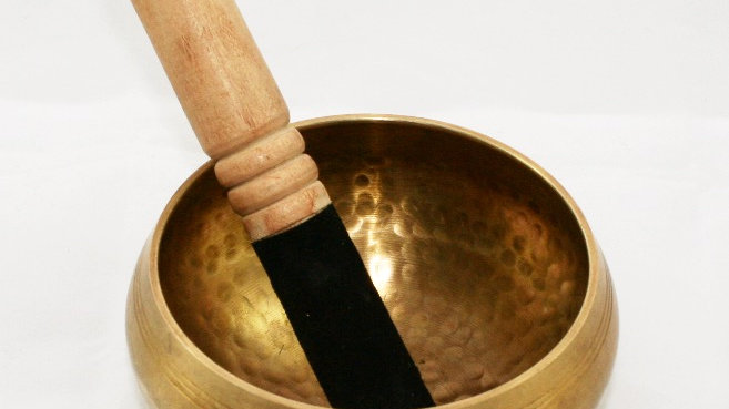 Hand-beaten Singing Bowl (Medium)