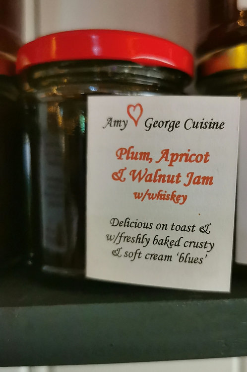 Plain Apricot and walnut jam with whiskey