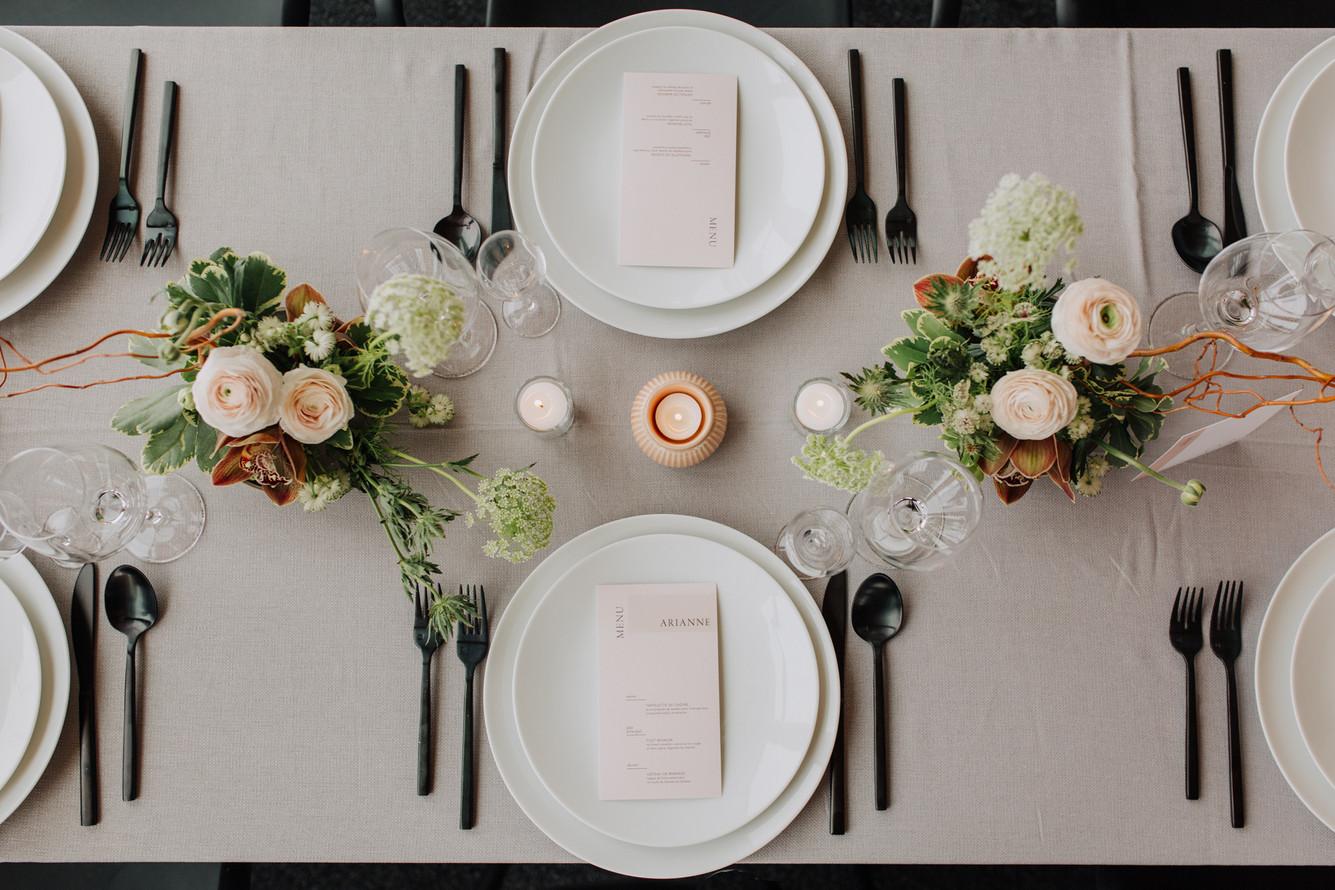 SurInvitationSeulement_AriannBtPhoto_Bromont_Table-01