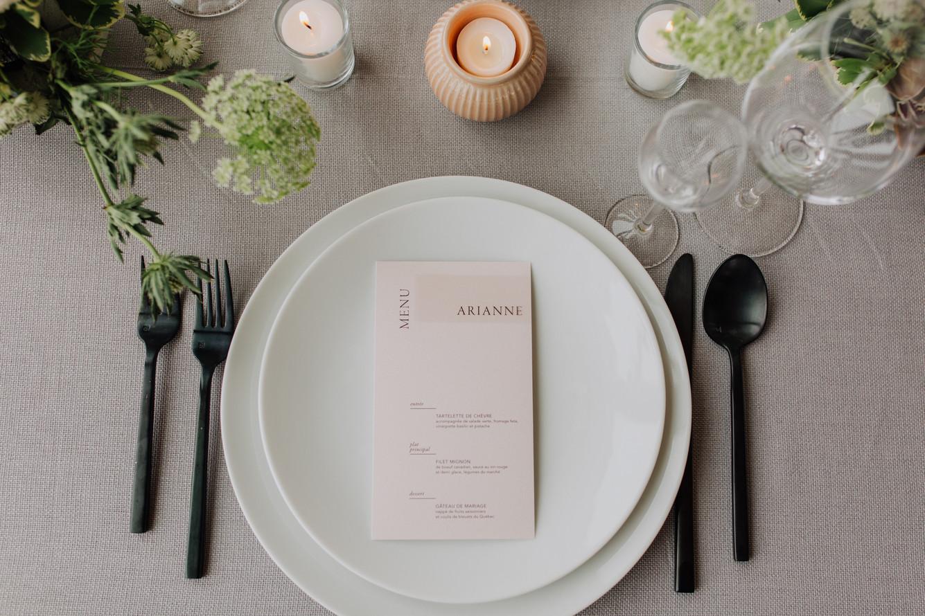 SurInvitationSeulement_AriannBtPhoto_Bromont_Table-02
