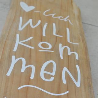 Willkommen auf Holz