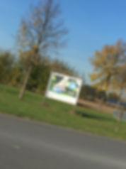 Bambinofoto am Ortsausgang Südkirchen