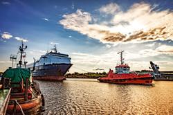 Ship & OSV Management