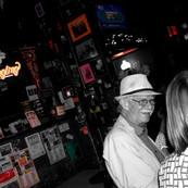 Dirty Frank's Bar