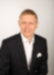 Robert Hörster, Finanzberater, Kapitalanlageberater, Finanzprofi, Finanzcoach, kapitalanlage, geldanlage, Finanzberatung, Aktien, Anleihen