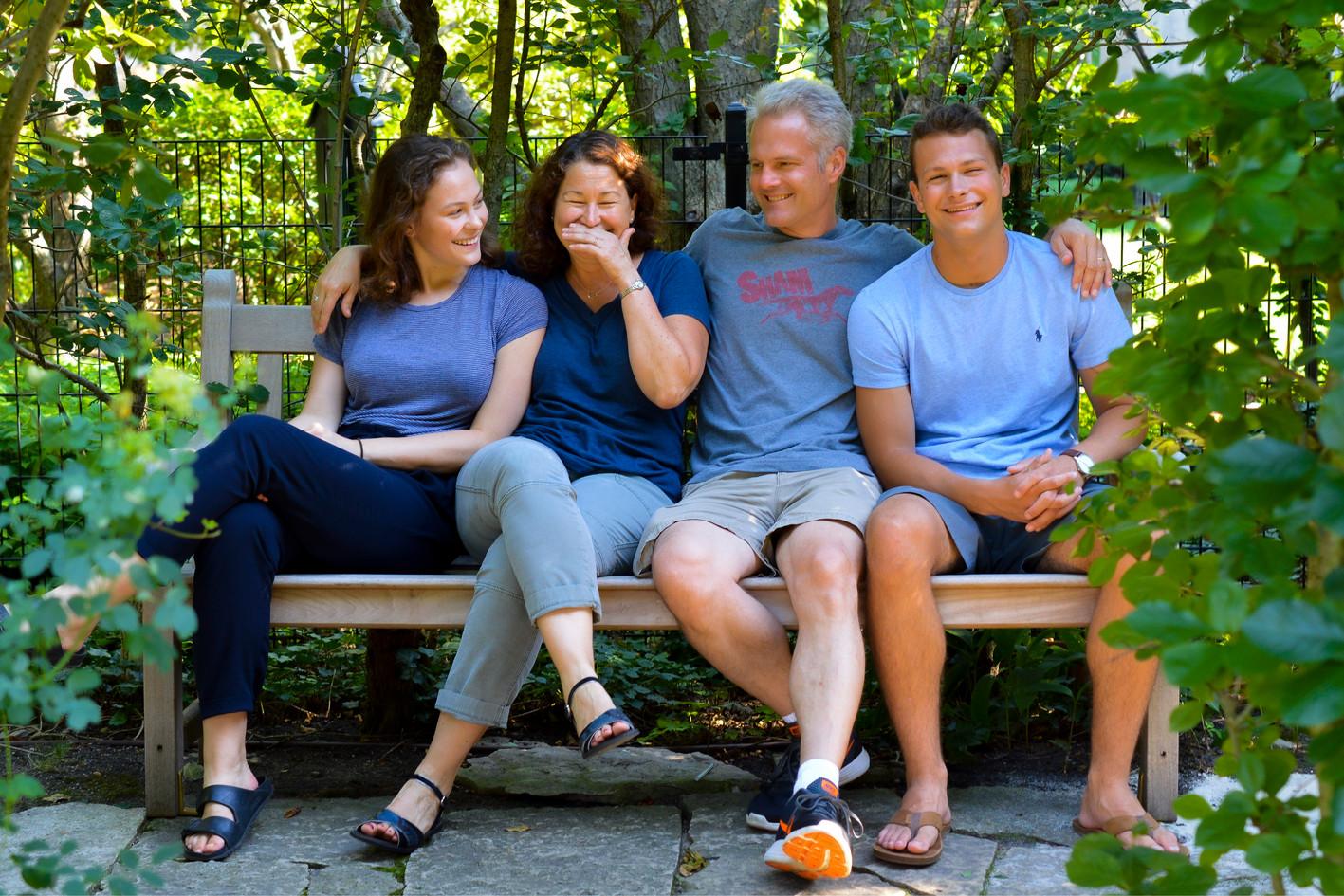 FAMILY SUMMER 1