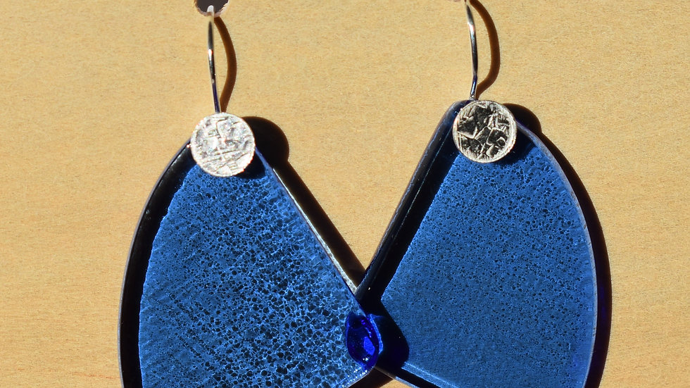 Sky Blue Glass and Textured Silver Dangle earrings