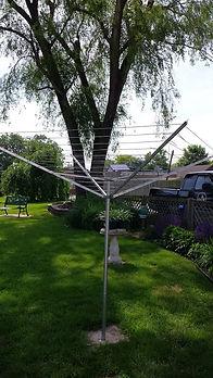 Umbella-style_clothesline.jpg