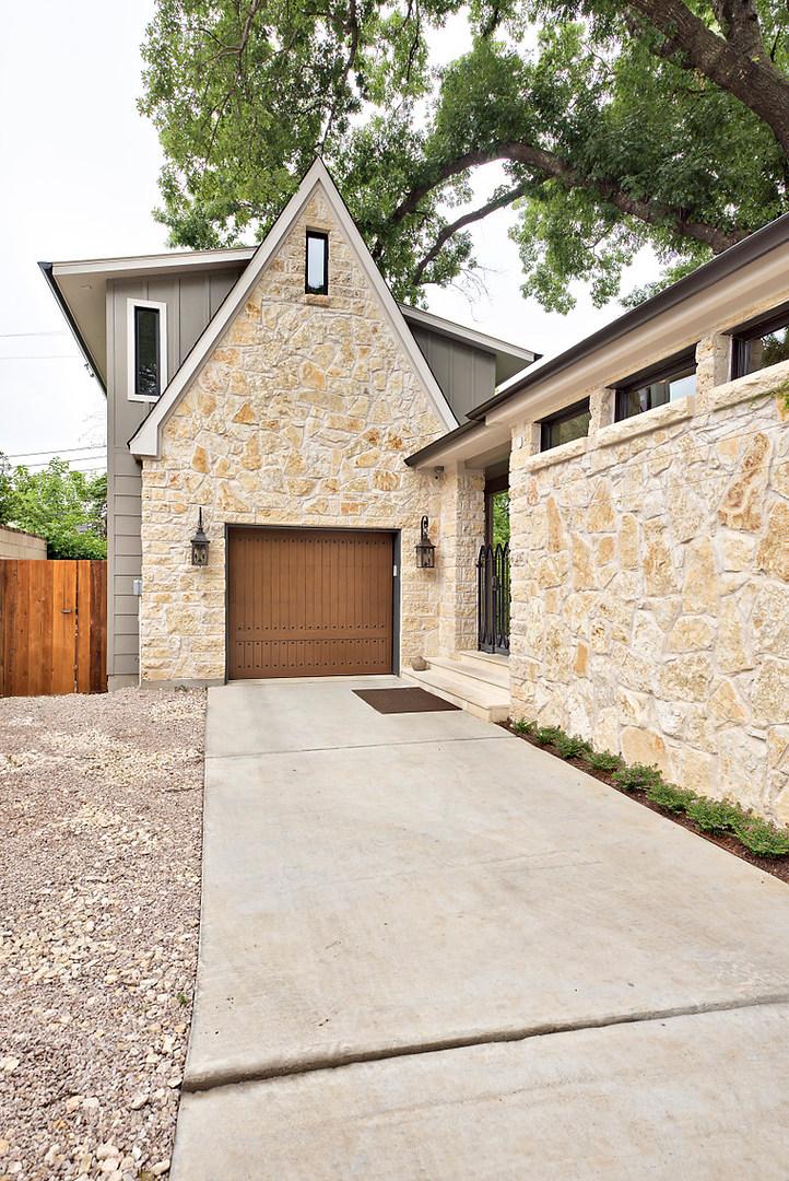 Garage Historic Home Renovation on Jarrett in Austin, TX