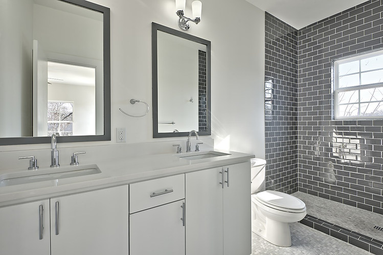 willow-townhome-bathroom-austin-avenue-b