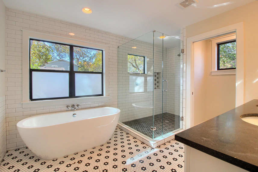Home Renovation Garden Tub on Bouldin in Austin, TX