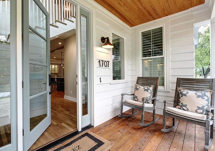 west-32nd-st-porch-austin-avenue-b-devel