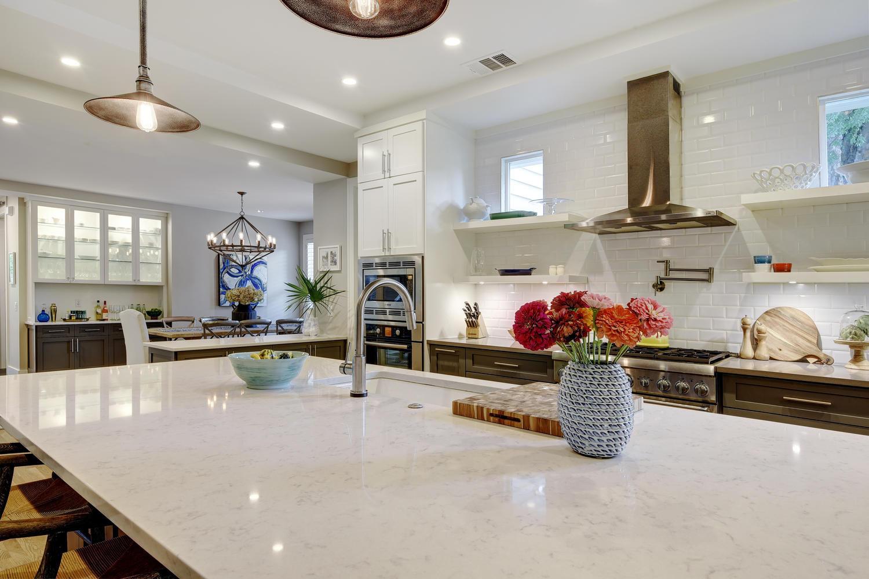 west-32nd-st-kitchen-counter-austin-aven