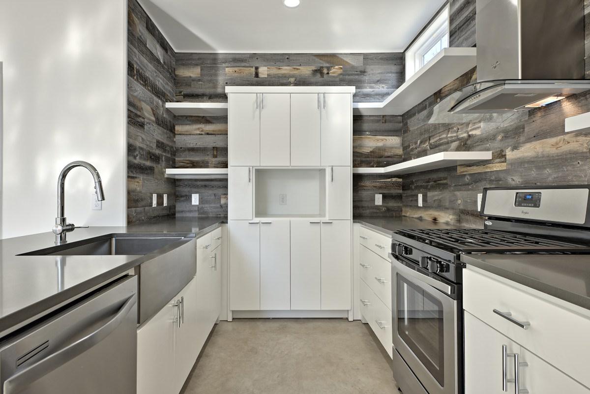 willow-townhome-kitchen-austin-avenue-b-