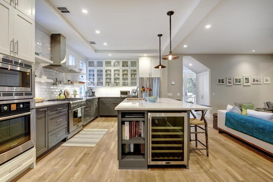 west-32nd-st-kitchen-2-austin-avenue-b-d