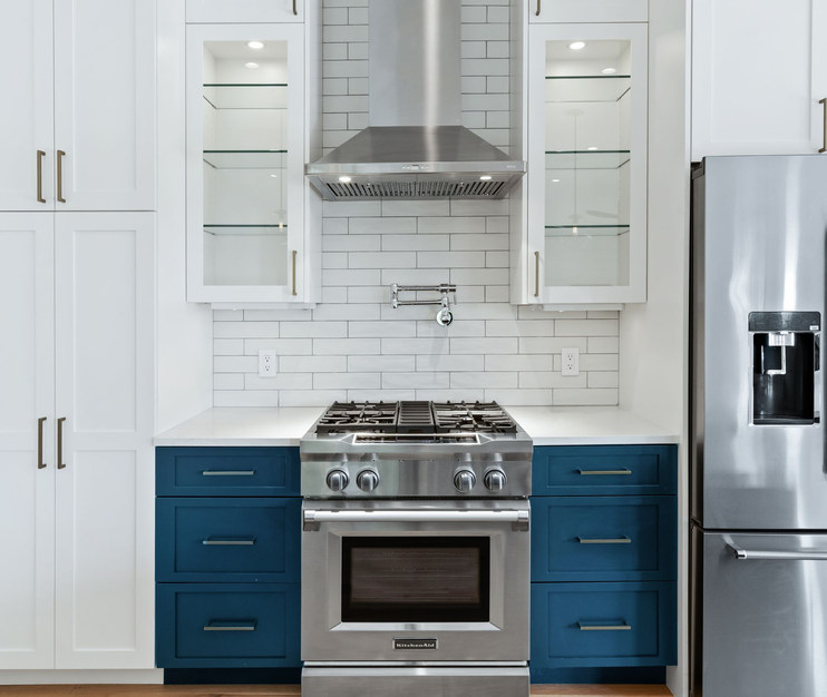 Home Renovation Stove on Lost Horizon in Austin, TX