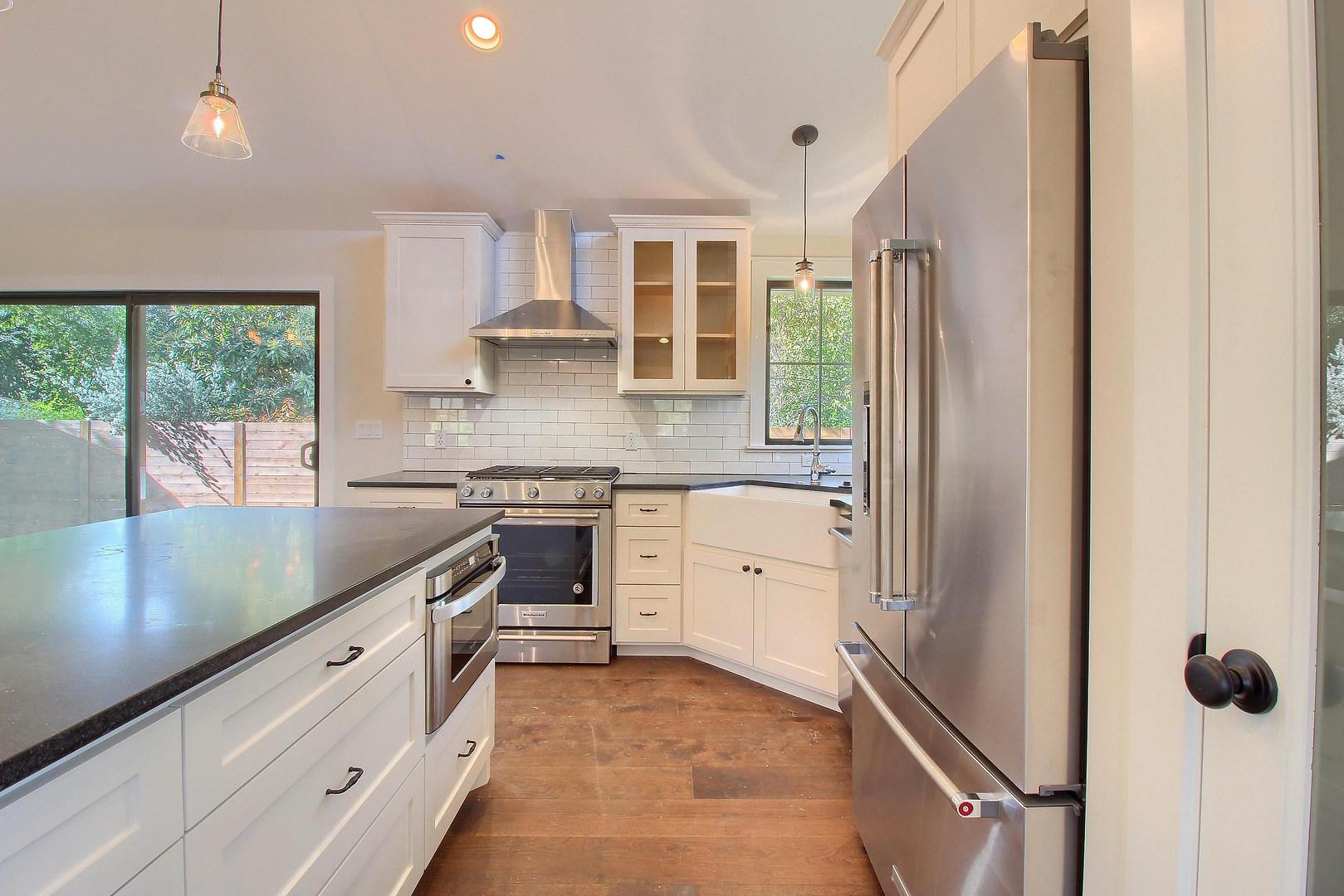 Home Renovation Kitchen Appliances on Bouldin in Austin, TX