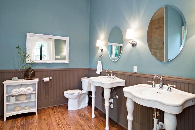 e-8th-austin-avenue-b-development-bathro