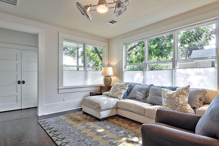 willow-austin-living-room-avenue-b-devel