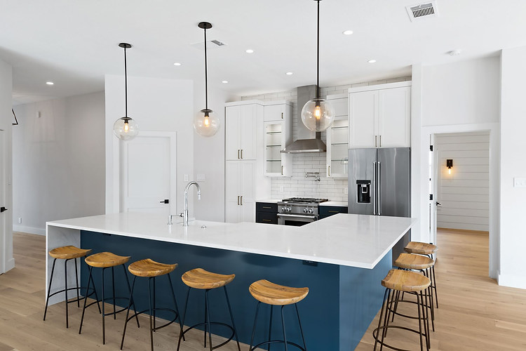 Home Renovation Kitchen Features on Lost Horizon in Austin, TX