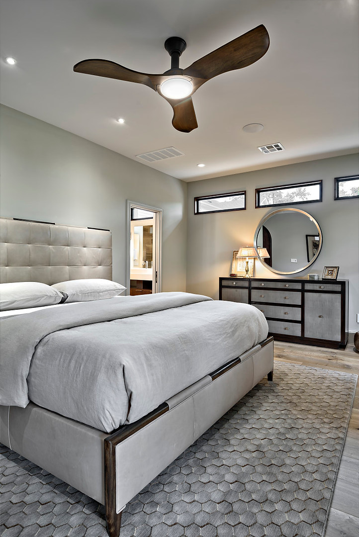 Historic Home Renovation Guest Bedroom in the Jarrett House in Austin, TX