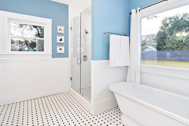 avenue-b-developement-austin--bathroom.j
