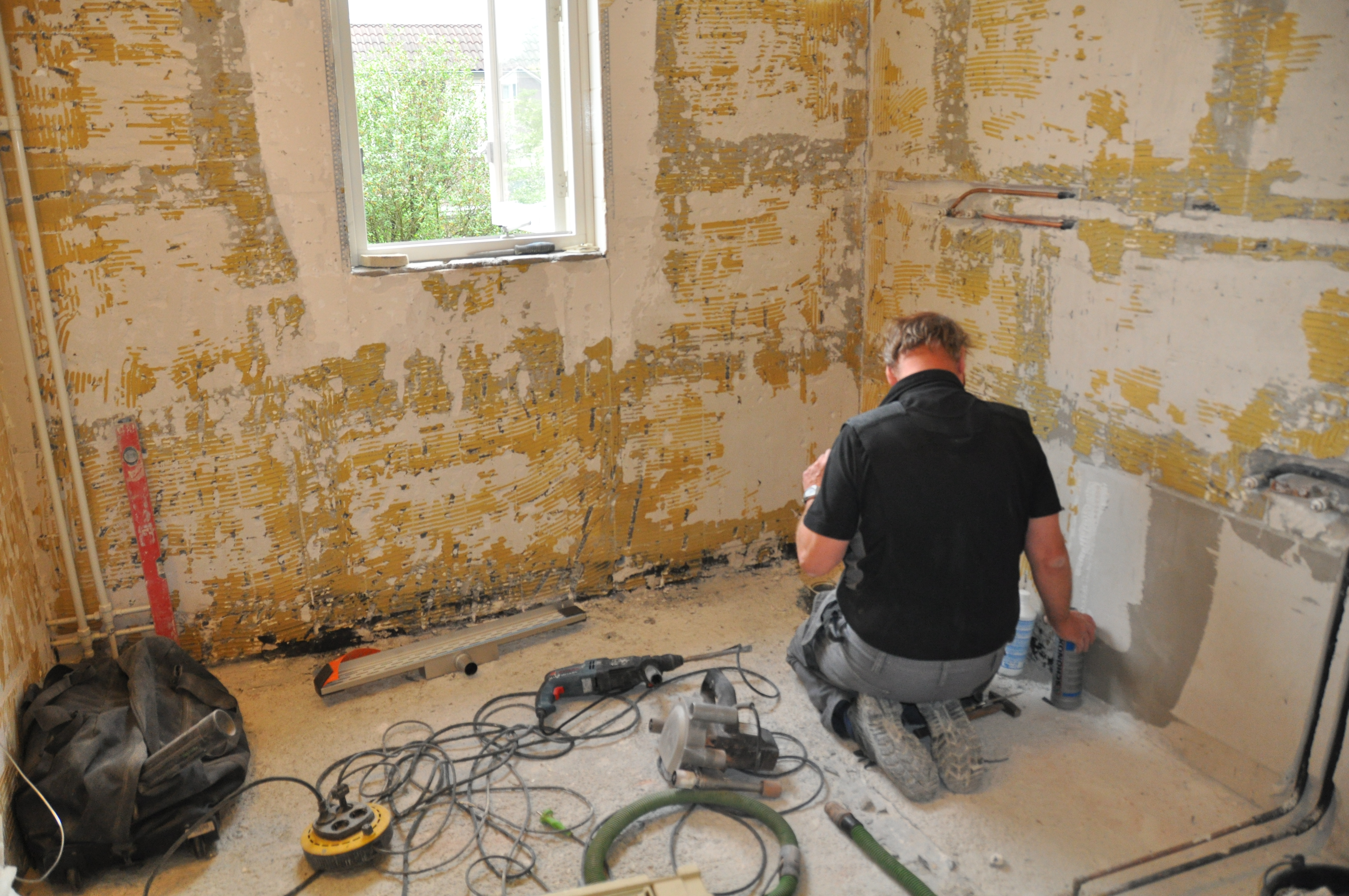 dscn3954-oude-badkamer 3.jpg