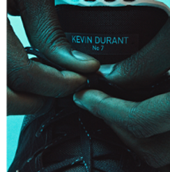 kd tying his shoe.png