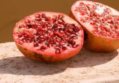 How breaking data silos is like making pomegranate juice