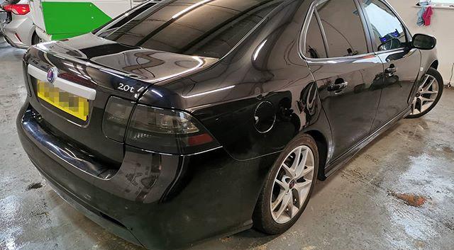 Rear lights smoked and 5% limo tints...