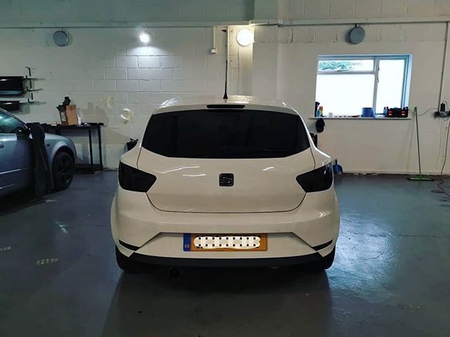 Chrome delete and rear lights smoked.jpg