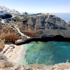 Cliff hikes to beaches