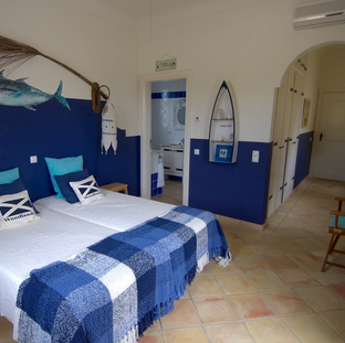 Shared seaview room with ensuite bathroom and seperate toilet