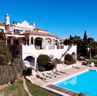 Check out the villa!
