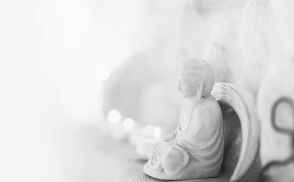 Buddha%2520Statue%2520_edited_edited.png