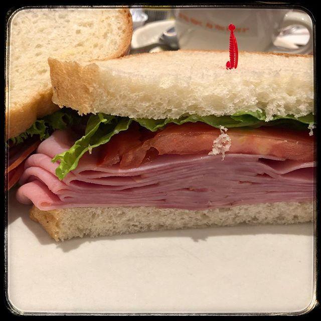 Junors NY Ham Sandwich