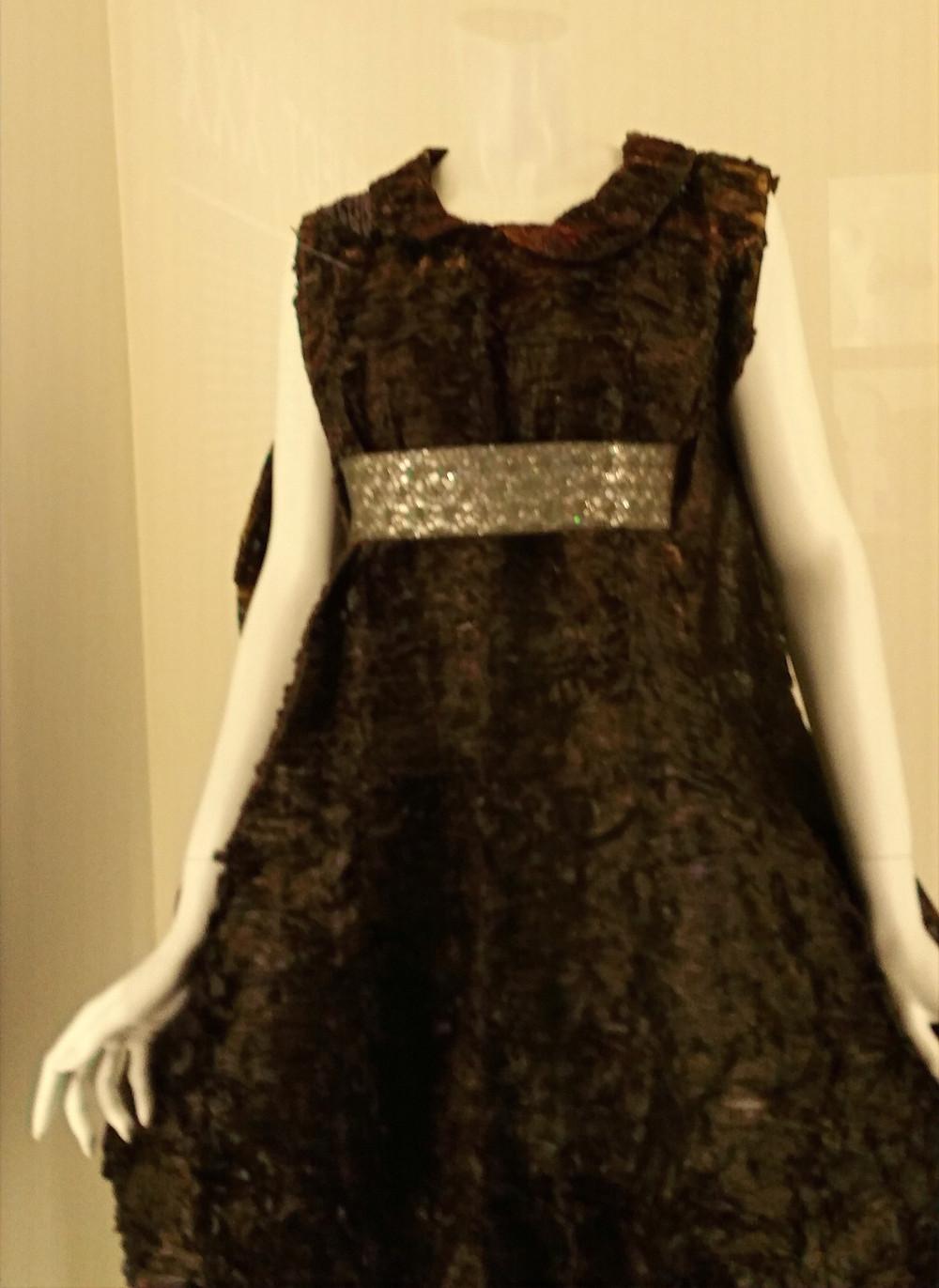 pubic hair dress