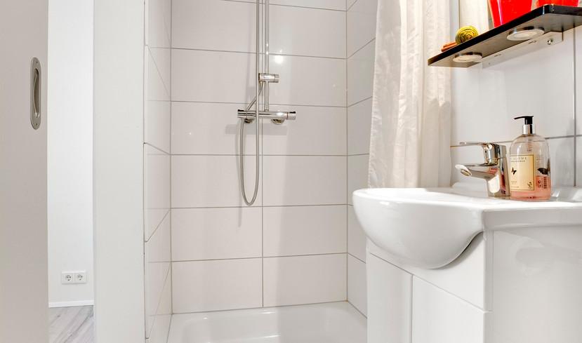 Bathroom - shower