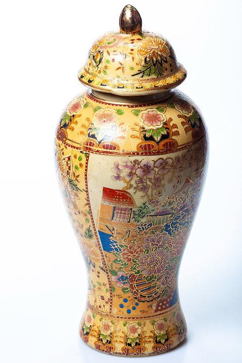 Vase en porcelaine japonais