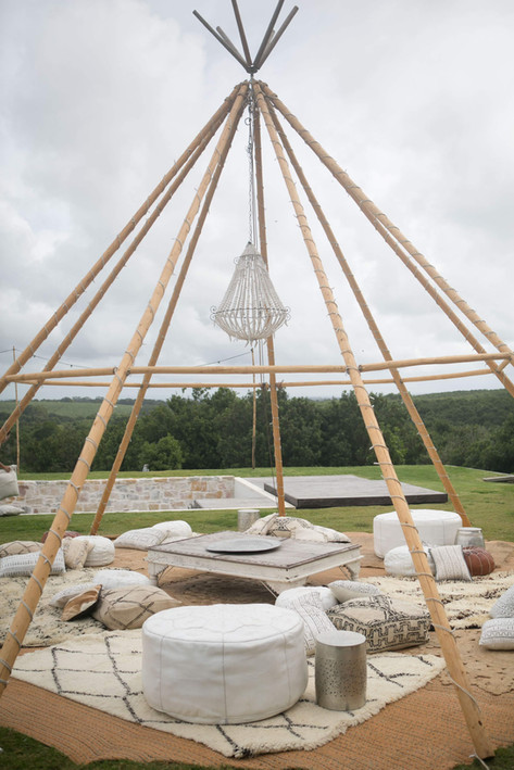 Chandelier in Naked Tipi