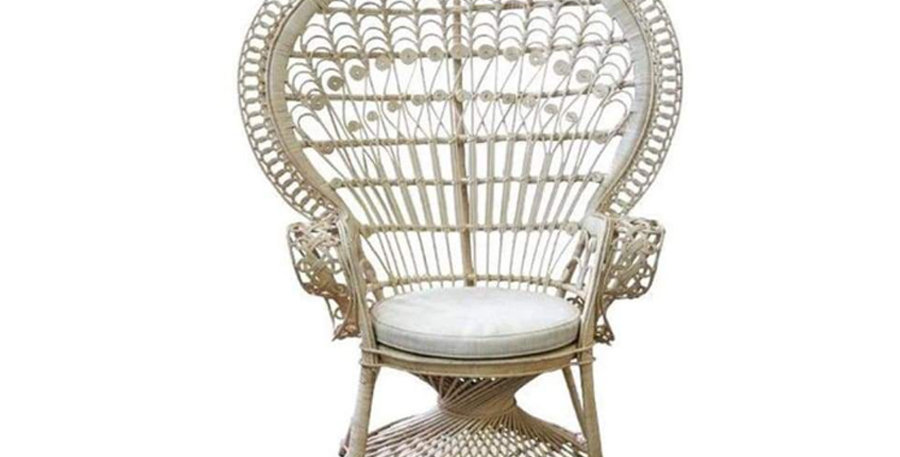 Romeo & Juliet Peacock Chair