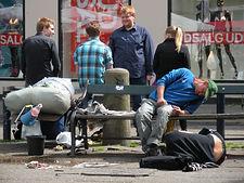 homeless-1416564_1920.jpg