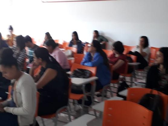 MINISTRANDO AULA DE GESTÃO PARA CLÍNICAS