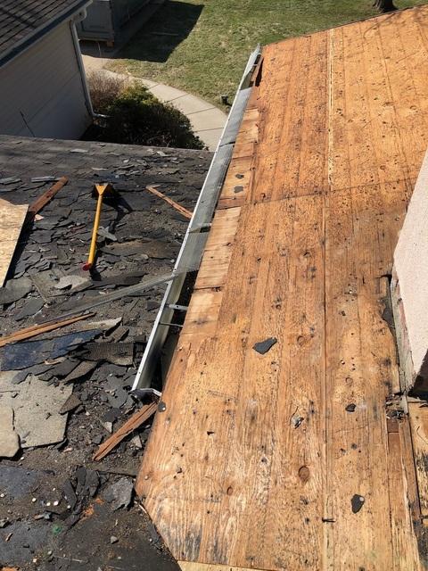 Kalamazoo MI Roofing Moire Black 19