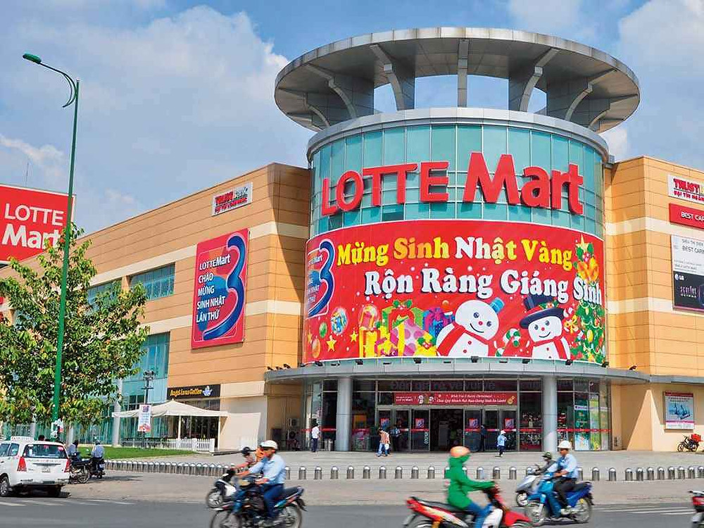 Shopping mall in Da Nang Lotte Mart