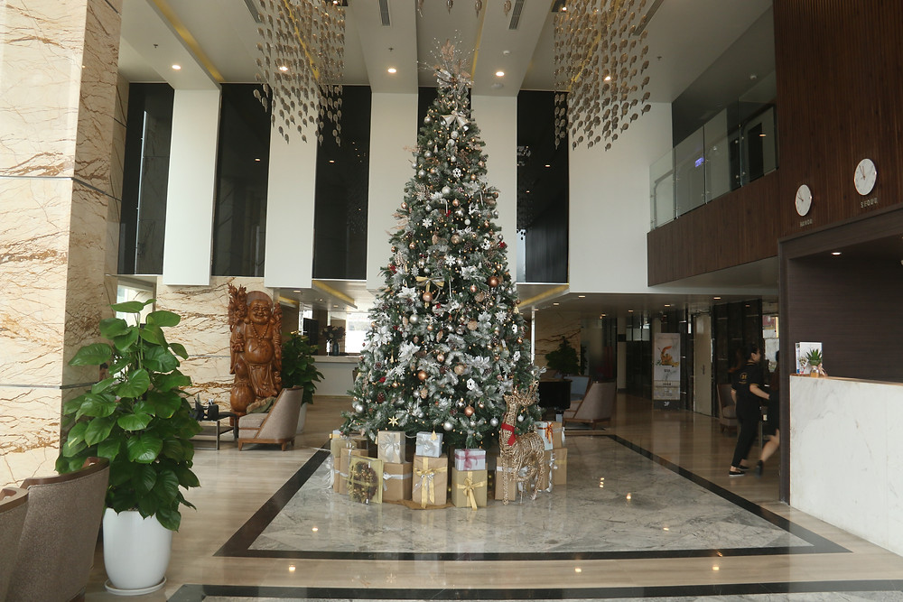 TOP HOTELS FOR SPENDING CHRISTMAS IN DA NANG