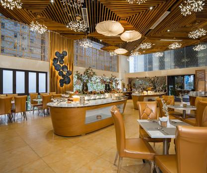 8 Interior Restaurant Duo Tone.jpg