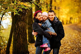 74217613-walking-family-with-two-childre