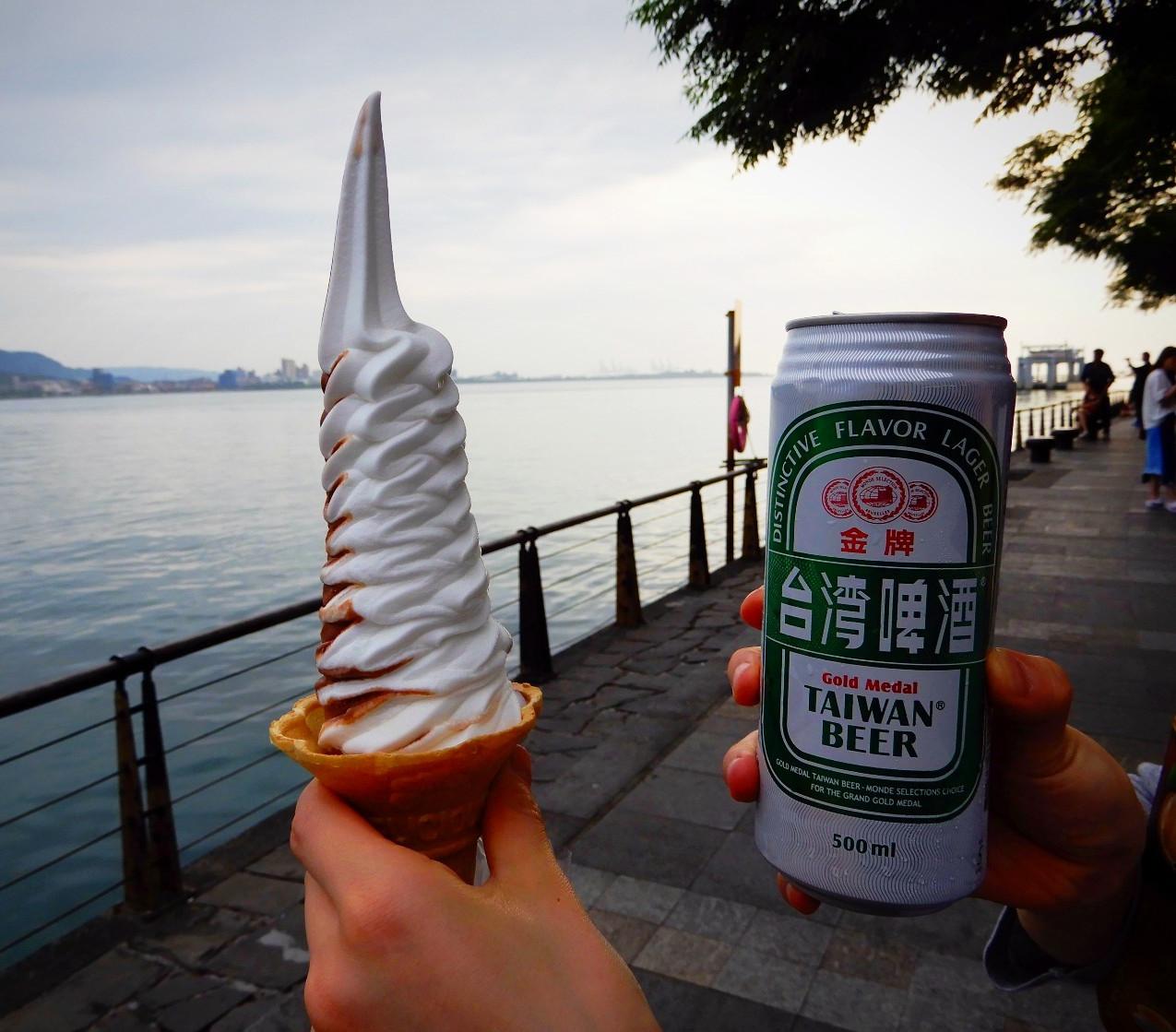ソフトクリームとビール