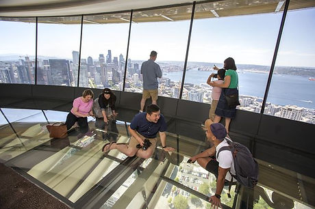 loupe-glassfloor-space-needle-4.jpg.653x